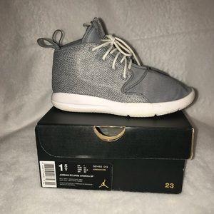 Boys Jordan Eclipse 1.5 Gray & white shoes